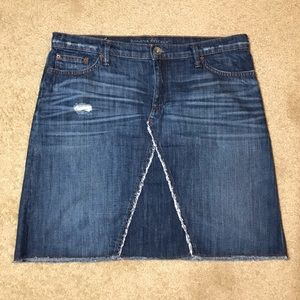 Banana Republic Women's Distressed Blue Jean Skirt